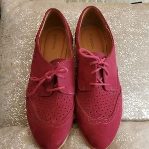 Burgundy faux suede oxfords, size 10